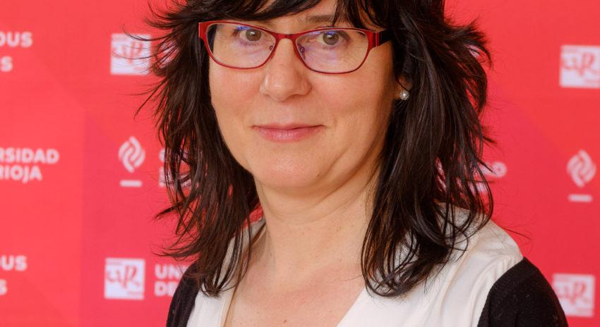María Jesús Hernáez, Universidad de La Rioja